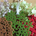 クリスマスの飾りつけに香りをプラス!